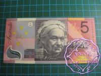 2001 $5 R219 Macfarlane/Evans aUNC